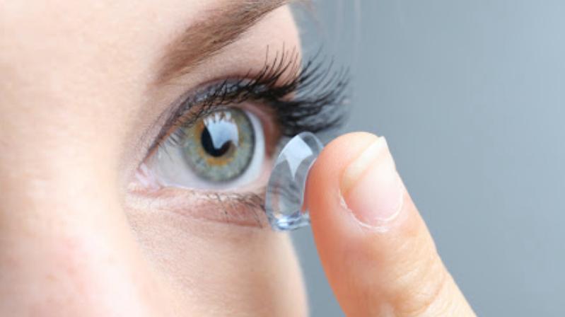 Kontakt Lensleri Süresinden Fazla Kullanmayın